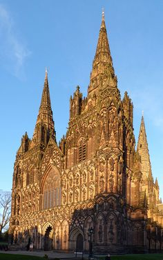 Lichfield is the only medieval English cathedral with three spires.  tarting in 1085 and continuing through the twelfth century the original wooden Saxon church was replaced by a Norman cathedral made from stone, and this was in turn replaced by the present Gothic cathedral begun in 1195. It was completed by the building of the Lady Chapel in the 1330s
