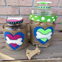 Hometalk :: DIY Dog Treat Jars