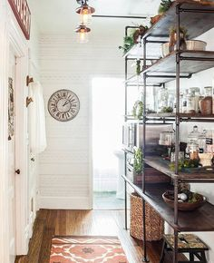 Major Inspo: 43 of Our Favorite Rooms from 2014 (shelving rocks)