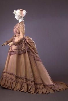Day dress, 1868-70 From the Galleria del Costume di Palazzo Pitti via Europeana Fashion