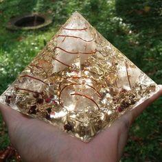 """4.5"""" Reiki Charged Giza Energy Pyramid"""