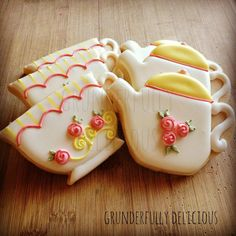 Tea cups & Tea kettle decorated cookies by Grunderfully Delicious