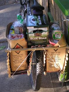 Bamboo panniers made so that the common grocery bag fits perfectly in each space provided. The whole pa. Bamboo Bicycle, Bicycle Basket, Bicycle Bag, Pimp Your Bike, Bicycle Panniers, Bike Trailer, Cargo Bike, Touring Bike, Junk Art