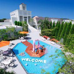 マリコレ ウエディング リゾート&レストラン|結婚式場写真「青い空とプールが気持ちの良い会場! 開放感たっぷり♪」 【みんなのウェディング】