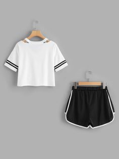 Girls Fashion Clothes, Teen Fashion Outfits, Outfits For Teens, Girl Fashion, Cute Lazy Outfits, Cool Outfits, Casual Outfits, Cute Sleepwear, Pajama Outfits