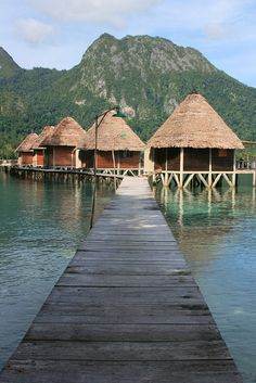 Ora Beach Resort in Maluku Islands, Indonesia (by vika rahma)