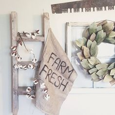 """Happy Wednesday friends! Found gunny sacks at Orschelns for .99 cents! 👊 So, I decided to have a little craft sesh durning nap time today! Painted """"Farm Fresh"""" on it! 🐄🌿 Sharing for some Wednesday hashtags. Thanks for the tag Dania @thegermancottage! 😘 #woodsandwhiteswednesday #myneutralnestwednesday #wednesdaywooddecor #wednesdaywindows #farmhousestyle #farmhouse #farmhousedecor #gunnysack #DIY #talkwordytomedecor"""