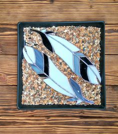 Set of two suncatcher feathers black and white by caracoja