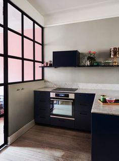 Personligt och ombonat i Vasastan   ELLE Decor, Cabinet, Creative Home, Kitchen, Home Decor, Interior Design Blog, Room, Kitchen Cabinets