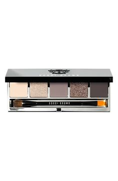 Free shipping and returns on Bobbi Brown 'Greystone' Eye Palette (Limited Edition) ($76.50 Value) at Nordstrom.com. Cool and polished, the rich grey, cream and brown shades in this limited-edition palette by Bobbi Brown transition perfectly from day-at-the-office polish to going-out glamour and anything in between. The sleek, black palette features an embossed crest and silver interior and includes a large mirror.Palette includes:- Eyeshadow in Cream (a creamy beige)- New Shimmer Wash…