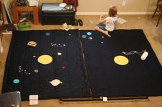 diy space quilts, inspired by the land of nod ones. Art Projects, Sewing Projects, Diy Galaxy, Travel Toys, Love Craft, Out Of This World, Kids Toys, Nursery, Rooms