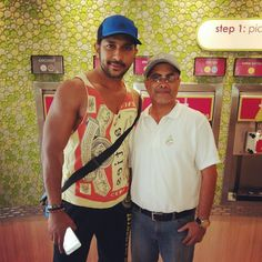 What a great guy! @terence_here thanks for dropping by!  #menchies #menchiewood #bollywood #whataguy #terencelewis #bollywoodchoreographer #awardwinning #dance #healthytreat #bandra #instabollywood #instamumbai #instadance #menchiesmumbai #danceindiadance #nachbaliye by menchies_mumbai
