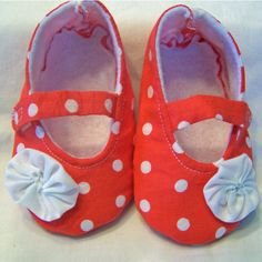 Mary Jane Baby Shoe PDF Sewing Pattern size 024 by LadybugBend