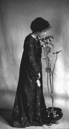 "Jane Reece (1868?-1961) ""The Poinsettia Girl"" (Self-Portrait), 1907, Aesthetic Movement Dress"