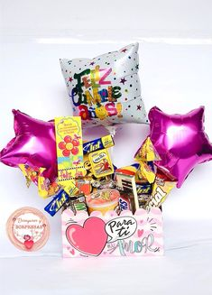 Diy Birthday, Birthday Gifts, Bee Drawing, Santa Marta, Candy Bouquet, Desktop Organization, Party In A Box, Candy Boxes, Diy And Crafts