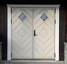 Rennebu tradisjon Country Style, Tall Cabinet Storage, Windows, Doors, Mountains, Image, Home Decor, Photo Illustration, Rugged Men's Fashion