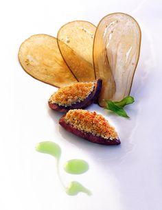 Pigeon rôti en cocotte accompagné de feuilles croustillantes d'aubergine et jus à la verveine - Le Bateau Ivre de Jean-Pierre Jacob - Le Bourget du Lac - Savoie