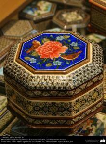 Artesanía- Marquetería y Ornamentación de objetos (Jatam Kari) | Galería de Arte Islámico y Fotografía