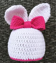 New and FREE #crochet #pattern on the blog! Find it on HeartHookHome.com just in time for Easter. ❤ #bunny #easter