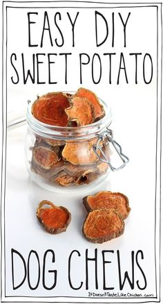 Homemade Dog Food Easy DIY Sweet Potato Dog Chews, just like the store-bought treats but a fraction of the price. Dogs love these and they make a great gift! Dog Biscuit Recipes, Dog Treat Recipes, Dog Food Recipes, Sweet Recipes, Dinner Recipes, Sweet Potato Dog Chews, Sweet Potatoes For Dogs, Diy Dog Treats, Healthy Dog Treats