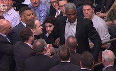 Charles Oakley se pone agresivo y sale arrestado del Madison Square Garden