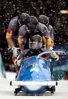 View striking Olympic Photos of Bobsleigh - see the best athletes, medal-winning performances and top Olympic Games moments. Justice League Comics, Youth Olympic Games, Bobsleigh, Olympic Champion, Athletic Men, Winter Olympics, Extreme Sports, Great Photos, Sport Outfits