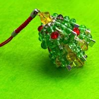 How to make beaded jewelry with common household stuff