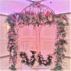 prieeltje_versiering_huwelijk_Partycentrum_Zichtenburg_DenHaag Floral Wreath, Wreaths, Floral Crown, Door Wreaths, Deco Mesh Wreaths, Floral Arrangements, Garlands, Flower Crowns, Flower Band