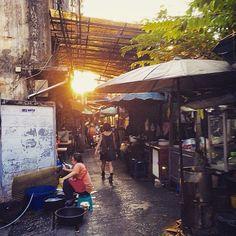 バンコクの路地 Bangkok alley  #バンコク #路地 #Bangkok #alley