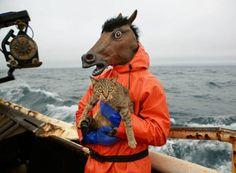 Corey Arnold est à la fois photographe et pêcheur commercial - via fubiz.net
