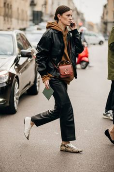 The Best Milan Fashion Week Street Style 2019 Plus Size Street Style, Street Style Looks, Milan Fashion Week Street Style, Milano Fashion Week, Basic Fashion, Womens Fashion, Fashion Trends, Style Fashion, Fashion Outfits