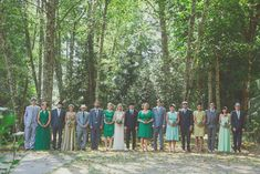 bridal party photos in trees        Pinning made easy! http://www.pinny.co Pin any photo in any website with a click.