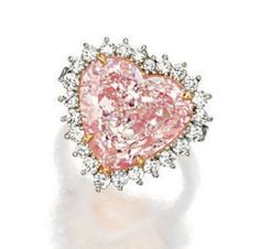 Rosamaria G Frangini | High Pink Jewellery | Fancy Light Pink Diamond And Diamond Ring - Sotheby's