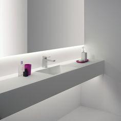 éclairage salle de bains LED en rubans lumineux pour une lumière indirecte