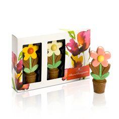 Flowers made of chocolate - perfect for Valentines Day! // Blumen aus Schokolade - perfekt für Valentinstag!