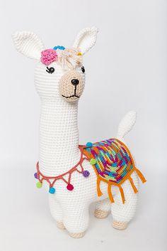 Crochet Animal Patterns, Stuffed Animal Patterns, Crochet Animals, Crochet Toys, Little Monkeys, Little Pigs, Amigurumi Toys, Amigurumi Patterns, Amigurumi For Beginners