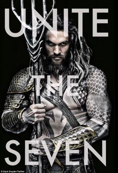 Jason Momoa Becomes Aquaman in This First Look Photo! Jason Momoa is ripped and tatted up in this first official image of Aquaman! The photo was shared by Batman V Superman: Dawn Of Justice director Zack Snyder,… Batman Vs Superman, Superman Dawn Of Justice, Superman Cast, Superman Film, Batman Versus, Jason Momoa Aquaman, Man Of Steel, Justice League, December
