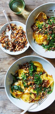 This ravioli has got it all – flavor, texture, and color! Silky spinach is combined with creamy ravioli and finished with a crunchy topping of fried sage, shallots, and pine nuts. The only improvement we can think of? A glass of chilled Prosecco! Sign up for Martha & Marley Spoon for weekly meal kit deliveries of seasonal recipes and fresh ingredients.