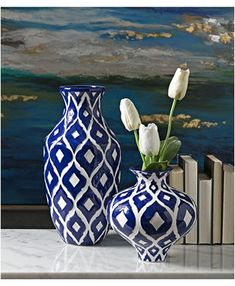 It's Monday, what is your plan to get your work week off to a great start? Have a fantastic day! Painted Flower Pots, Painted Vases, Tall Flower Vases, Tall Vases, Blue And White Vase, White Vases, Blue Vases, Pottery Painting Designs, Pottery Designs