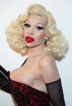 Transsexual amanda lepore silicone injections photo 513