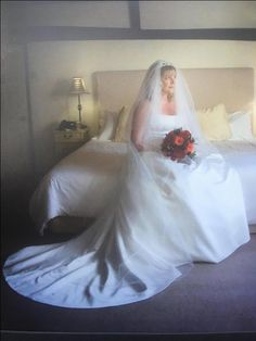 Maggie Sottero Wedding Dress size 14 - 18 lace up back For Sale in Chelmsford, Essex