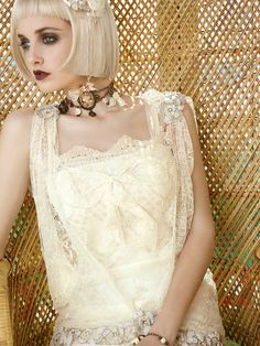 Grecia wedding dress. YolanCris | Mademoiselle Vintage #wedding #couture…