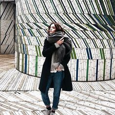 ARTY | @laugh_of_artist wearing the boyfriend NINA Stripes Blue. #reikojeans #artofpants #thisismyreikojeans #boyfriend #denim #style #stripes  #design #instafashion #fashioniger #fashionblogger