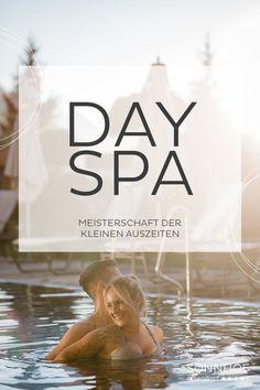 """Auch manchmal an dem Punkt: """"HOLT MICH HIER RAUS""""? Mit den neuen Day Spa-Deals vom Sonnhof Alpendorf entspannt ihr einen Tag lang so viel und mit wem ihr möchtet. Das """"adults preferred""""-Hotel im Pongau bietet Day Spa-Angebote ab € 42 pro Person. #sonnhofalpendorf #alpendorf #salzburgerland #sonnhof #josalzburg #dayspa #wellness #mussehotel #musseisit #adultspreferred #adultsonly #salzburg #wellnesshotel #spa #tagesurlaub Spa Day, Jacuzzi, Front Desk, Recovery, Whirlpool Bathtub"""