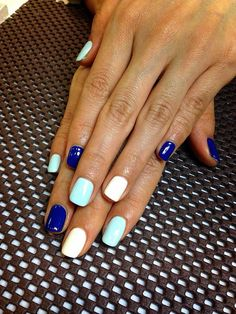 Fun multicolor nails for nail painting at events! | Check out http://www.nailsinspiration.com for more inspiration!
