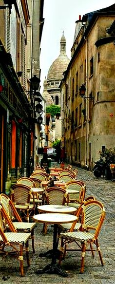 Love the buildings, depth of field and quaint cozy feel of the cafe seating. Cafe in Montmartre, Paris My favourite place in the world Oh Paris, Montmartre Paris, Oh The Places You'll Go, Places To Travel, Places To Visit, Paris Travel, France Travel, Ville France, France Cafe