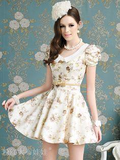 Summer Vogue Natural Waist Floral Print Puff Sleeve Mini Dress