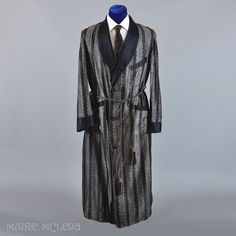 Vintage 1930s - 40s Mens Robe Dressing Gown - M  Maire McLeod Exclusive to Ruby Lane