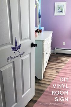 DIY Unicorn Vinyl Room Sign with the Cricut Maker
