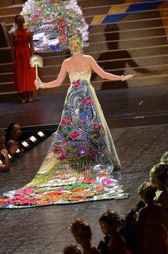 2012 Coronation Xcc Design - Duchess Katherine Jane Molak, Duchess of Lustrous Finery